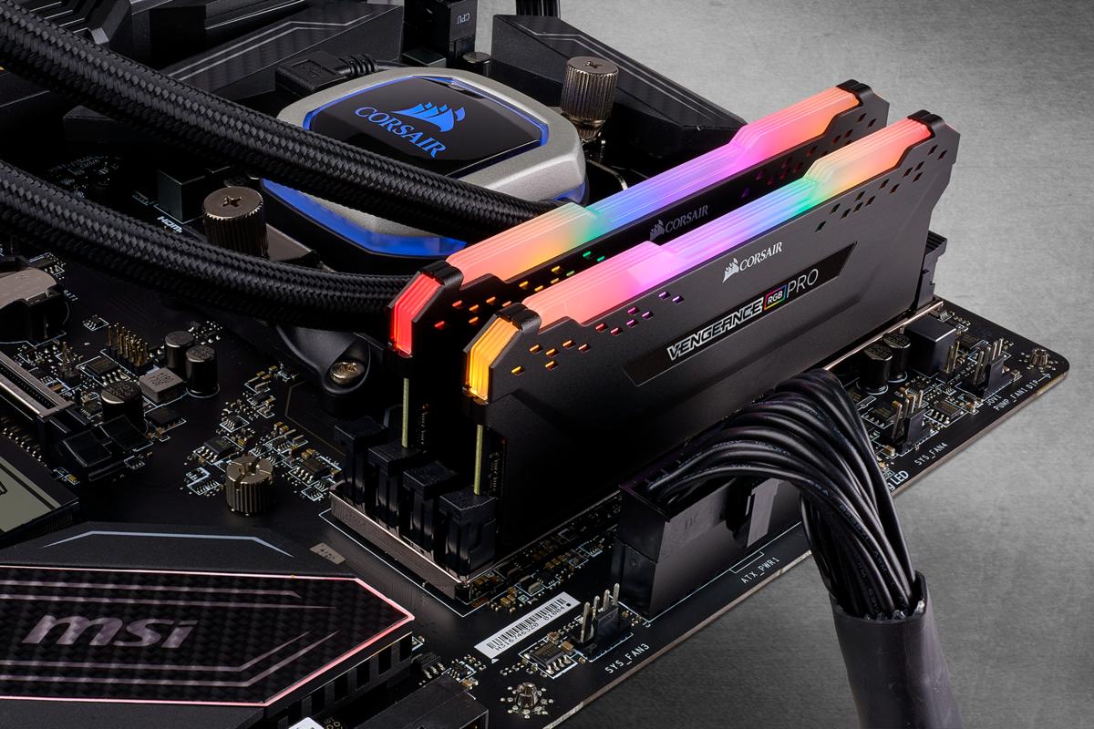 Vengeance RGB Pro 2x8GB Ram DDR4 3200MHz CL16 CMW16GX4M2C3200C16 image